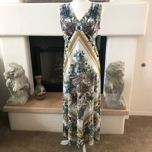 New London Times Petite Cream and Blue Long Dress